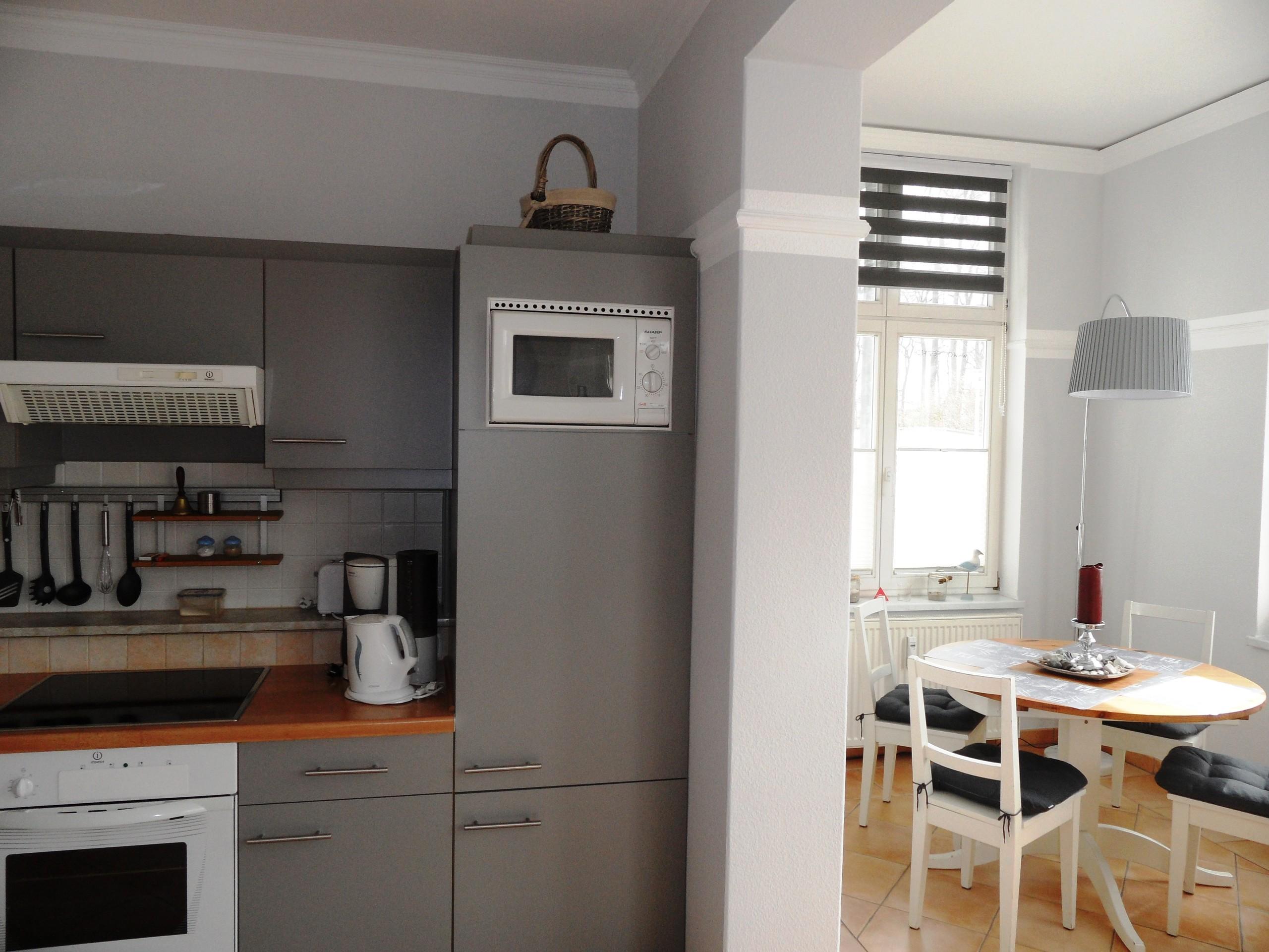 Küche - Esstisch