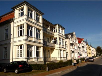 Die Bergstraße inkl. der berühmten Bäderarchitektur